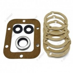 GASKETS PTO SET WITH OIL SEALS
