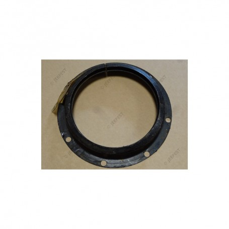 RETAINER GASKET PIVOT FRONT AXLE