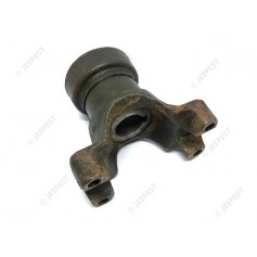 YOKE MAIN PINION AXLE GMC SPLIT